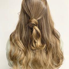 ガーリー 大人ハイライト 極細ハイライト ハイライト ヘアスタイルや髪型の写真・画像