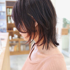 ボブ 地毛風カラー ベリーピンク インナーカラー ヘアスタイルや髪型の写真・画像