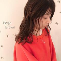 大人かわいい ミディアム 大人可愛い ベージュ ヘアスタイルや髪型の写真・画像