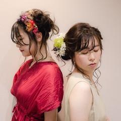 セミロング シニヨン フェミニン 結婚式ヘアアレンジ ヘアスタイルや髪型の写真・画像