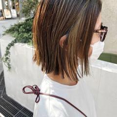 ボブ インナーカラー 切りっぱなしボブ ストリート ヘアスタイルや髪型の写真・画像