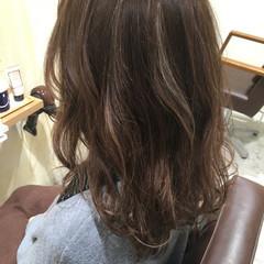 グラデーションカラー セミロング ハイライト 外国人風 ヘアスタイルや髪型の写真・画像