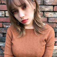 ミディアム ヘアアレンジ アッシュ アンニュイ ヘアスタイルや髪型の写真・画像