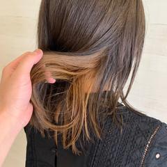 ブリーチ必須 イルミナカラー セミロング 外ハネ ヘアスタイルや髪型の写真・画像