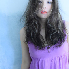 ゆるふわ ロング ガーリー 冬 ヘアスタイルや髪型の写真・画像