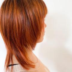 ウルフカット ナチュラル オレンジベージュ ミディアム ヘアスタイルや髪型の写真・画像