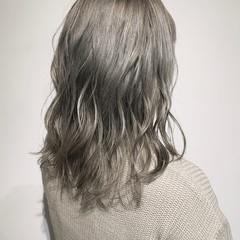モード パープルアッシュ ミディアム シルバーアッシュ ヘアスタイルや髪型の写真・画像