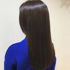 アッシュ ロング ナチュラル 艶髪 ヘアスタイルや髪型の写真・画像