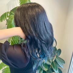 暗髪女子 ターコイズ インナーブルー 髪質改善 ヘアスタイルや髪型の写真・画像