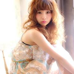 大人かわいい フェミニン セミロング モテ髪 ヘアスタイルや髪型の写真・画像