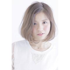 グラデーションカラー ナチュラル アッシュ スモーキーアッシュ ヘアスタイルや髪型の写真・画像