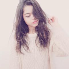 ゆるふわ ストレート 大人かわいい 外国人風 ヘアスタイルや髪型の写真・画像