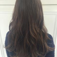 外国人風 アッシュ ロング ローライト ヘアスタイルや髪型の写真・画像