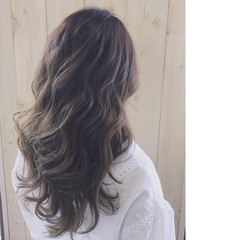 透明感 ハイライト フェミニン グレージュ ヘアスタイルや髪型の写真・画像