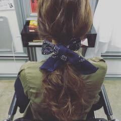 簡単ヘアアレンジ セミロング フェミニン ゆるふわ ヘアスタイルや髪型の写真・画像