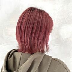 ボブ 切りっぱなしボブ ベリーピンク ナチュラル ヘアスタイルや髪型の写真・画像