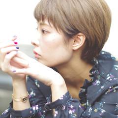 秋 小顔 ストリート ショート ヘアスタイルや髪型の写真・画像