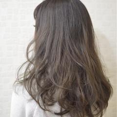 暗髪 黒髪 アッシュ ナチュラル ヘアスタイルや髪型の写真・画像