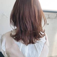 レイヤーカット くびれボブ ウルフカット ミディアム ヘアスタイルや髪型の写真・画像