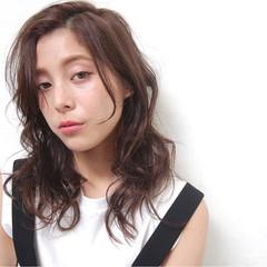 外国人風 抜け感 前髪あり サイドアップ ヘアスタイルや髪型の写真・画像