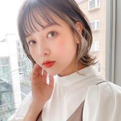 小顔ヘア 透明感 レイヤーカット ミディアム ヘアスタイルや髪型の写真・画像