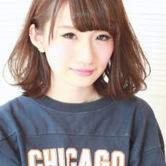 簡単ヘアアレンジ ショート 大人かわいい ナチュラル ヘアスタイルや髪型の写真・画像