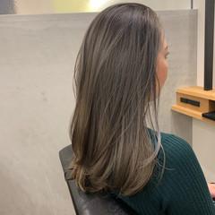 ナチュラル ハイライト セミロング デザインカラー ヘアスタイルや髪型の写真・画像