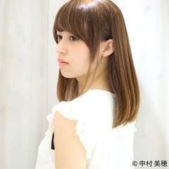 前髪あり 艶髪 ナチュラル 小顔 ヘアスタイルや髪型の写真・画像