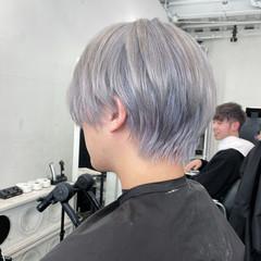 メンズカット バレイヤージュ エレガント メンズカラー ヘアスタイルや髪型の写真・画像