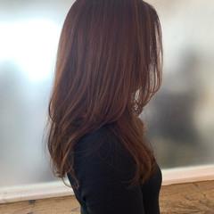 レイヤー フェミニン レイヤーヘアー ミディアムレイヤー ヘアスタイルや髪型の写真・画像