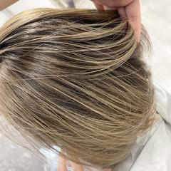 ベージュ ミニボブ ボブ ママ ヘアスタイルや髪型の写真・画像