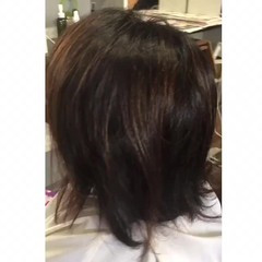 インナーカラー ショートボブ モード 切りっぱなしボブ ヘアスタイルや髪型の写真・画像