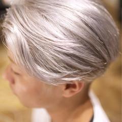 外国人風カラー ボーイッシュ メンズ ダブルカラー ヘアスタイルや髪型の写真・画像