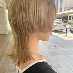 アッシュ ブリーチ ウルフカット ミディアム ヘアスタイルや髪型の写真・画像