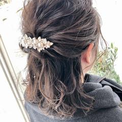 アンニュイほつれヘア ミディアム フェミニン 結婚式 ヘアスタイルや髪型の写真・画像