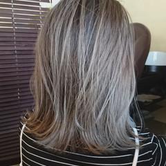 艶髪 グラデーションカラー ハイトーン ミディアム ヘアスタイルや髪型の写真・画像