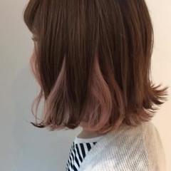 ボブ ピンク 外ハネ デート ヘアスタイルや髪型の写真・画像