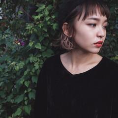 インナーカラー ベレー帽 冬 暗髪 ヘアスタイルや髪型の写真・画像