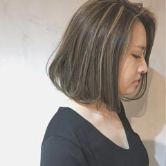 ボブ アッシュ 外国人風 センターパート ヘアスタイルや髪型の写真・画像