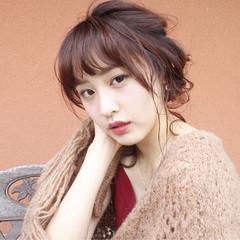 ヘアアレンジ セミロング ショート フェミニン ヘアスタイルや髪型の写真・画像