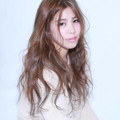 外国人風 ガーリー フェミニン アッシュ ヘアスタイルや髪型の写真・画像
