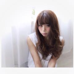 暗髪 ゆるふわ ガーリー フェミニン ヘアスタイルや髪型の写真・画像