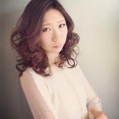 大人かわいい パーマ コンサバ 冬 ヘアスタイルや髪型の写真・画像