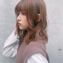 アンニュイほつれヘア 大人かわいい 結婚式 ミディアム ヘアスタイルや髪型の写真・画像