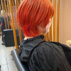 ウルフカット モード ダブルカラー ハイトーンカラー ヘアスタイルや髪型の写真・画像