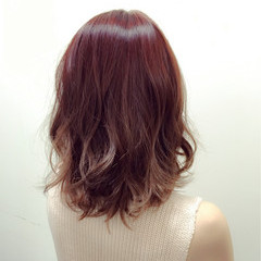 ミディアム ゆるふわ 艶髪 大人かわいい ヘアスタイルや髪型の写真・画像