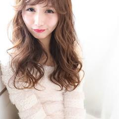 フェミニン モテ髪 フェザーバング 愛され ヘアスタイルや髪型の写真・画像