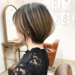 ストリート ゆるふわ アンニュイほつれヘア ミニボブ ヘアスタイルや髪型の写真・画像