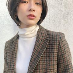オフィス ガーリー ショート デート ヘアスタイルや髪型の写真・画像