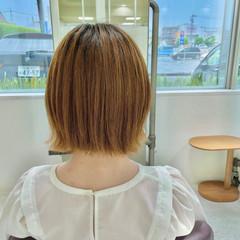 外ハネ 切りっぱなしボブ ミニボブ ナチュラル ヘアスタイルや髪型の写真・画像